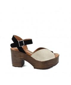 LOOPO - Sandalia plataforma beige y pulsera negra