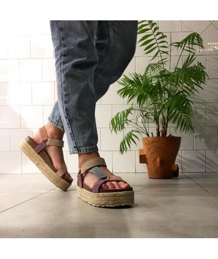 Imagen del producto sandalia tricolor de piel